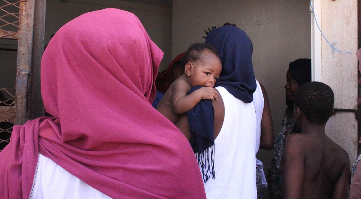 Flyktingar lamnade misrata med bat